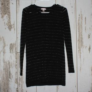 White Stag Black and Sliver Sweater